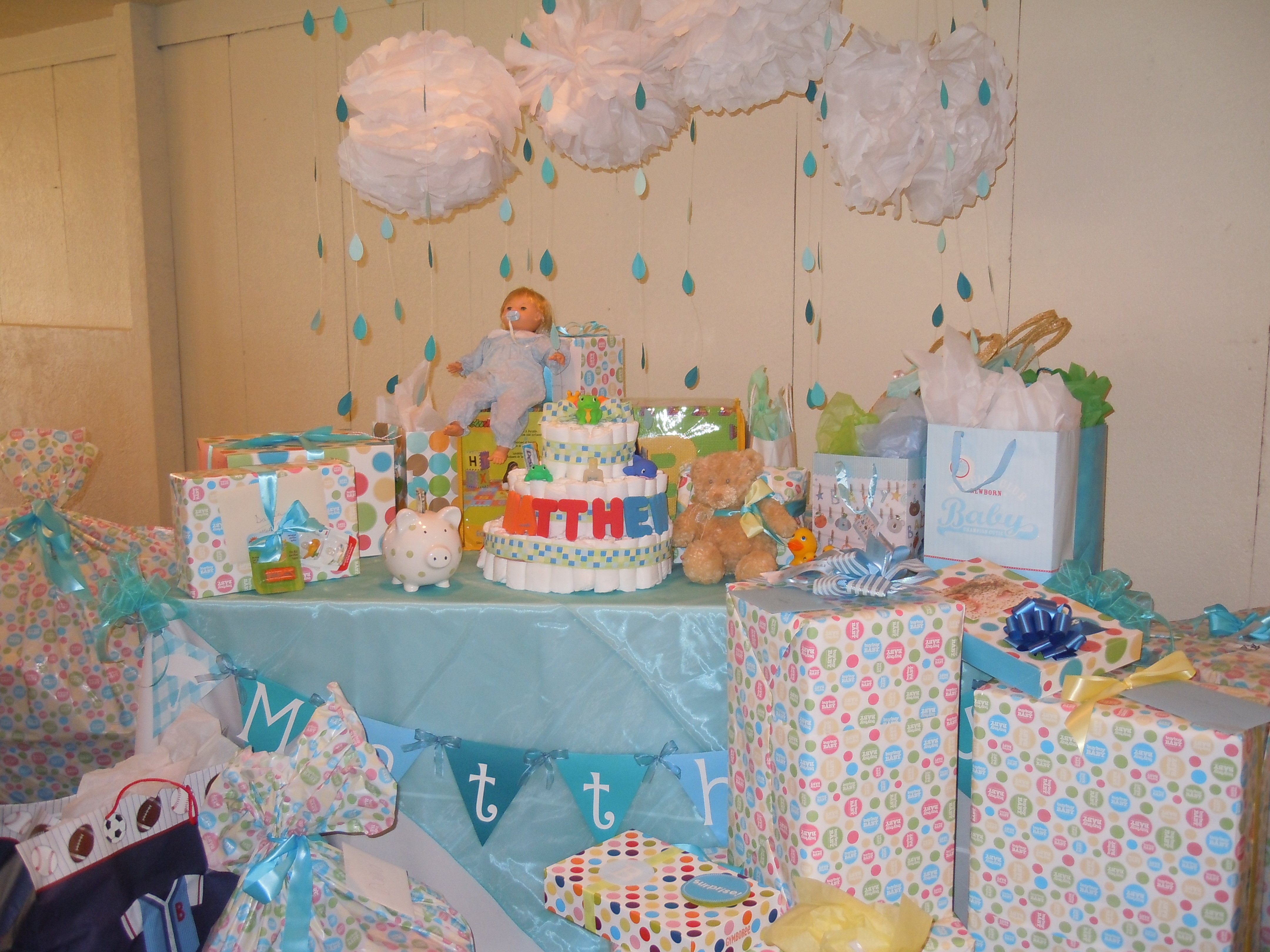 Showered with love double the fun in blue pink the gift tables negle Gallery